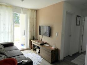 Apartamento c/ jardim
